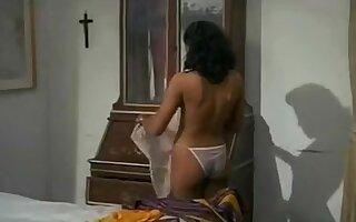 E' forte un casino - Vintage sexy scene italian comedy