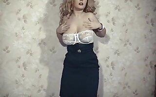 STRIP IT UP - British big tits blonde strip dance tease