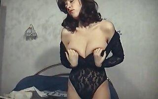 BEDROOM STRIPTEASE - vintage British huge boobs