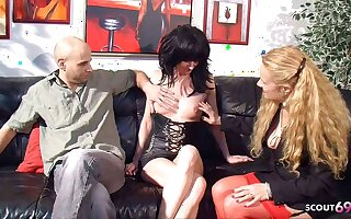 German Grown up teaches experienced Coupling at hand Be captivated by Big Cock almost Triumvirate